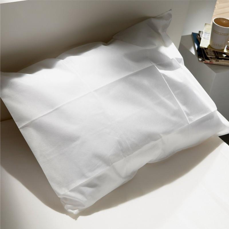 lot de 10 prot ges oreillers semi durables imperm ables essentiel. Black Bedroom Furniture Sets. Home Design Ideas